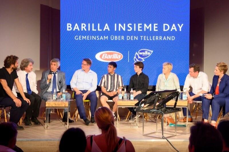 Benjamin Adrion (Viva con Agua), Alfred Ritter (Ritter Sport), Paolo Barilla (Barilla), Krüger (WWF), Quang Paasch & Linus Steinmetz (FFF), Renate Künast (Bündins90 die Grünen), Hirschhausen, Steeger